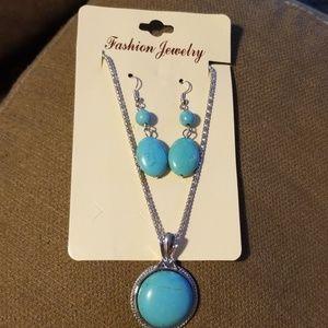 Jewelry - Fashion jewelry set